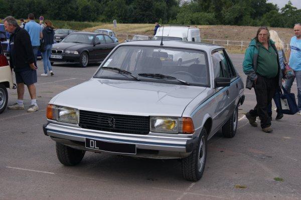 Peugeot 305 Team 1982