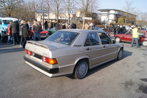 Mercedes 190 E W201 2.3-16 1984
