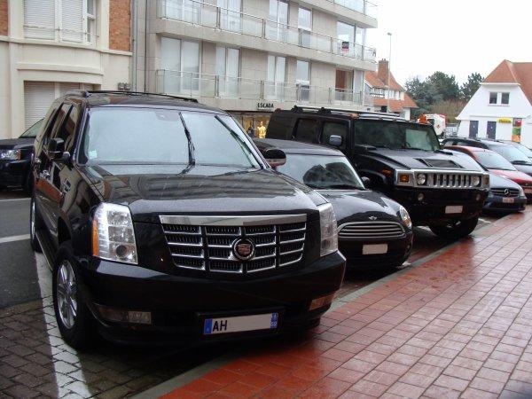 Cadillac Escalade / Hummer H2