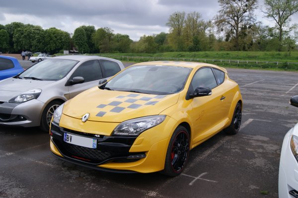 Renault Mégane RS Trophy 2011