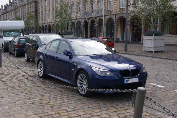 BMW M5 E60 2004
