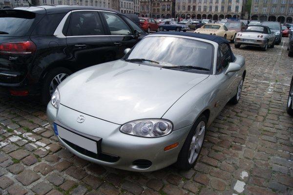 Mazda MX5 Nevada 2003