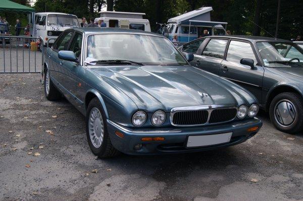 Jaguar XJ8 X308 1998