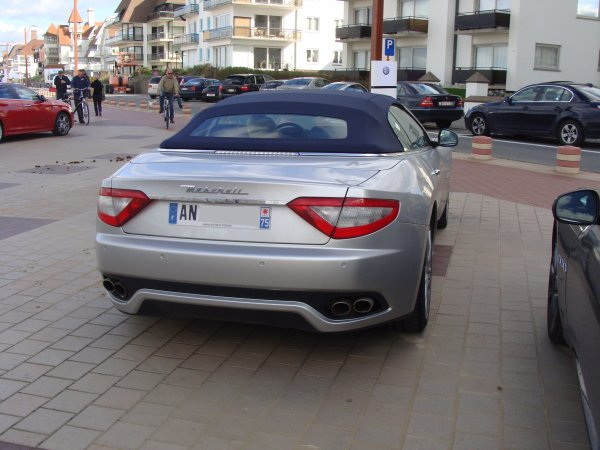 Maserati Grancabrio 2010