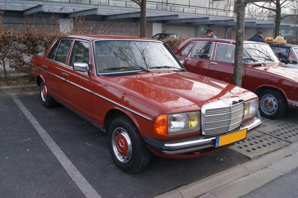 Mercedes 200 W123 1982