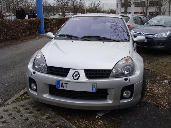 Renault Clio V6 2003