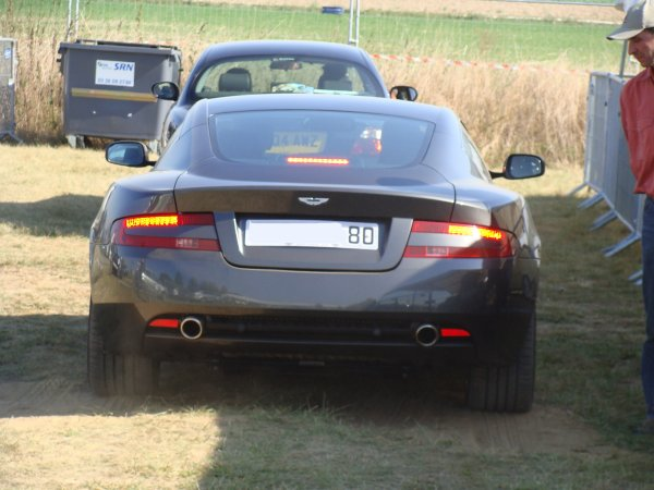 Aston Martin DB9 2003