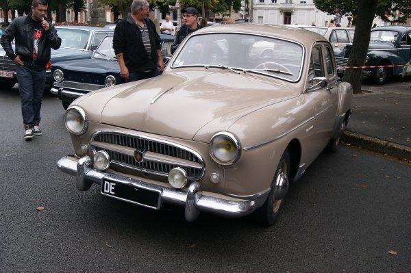 Renault Frégate Amiral 1955