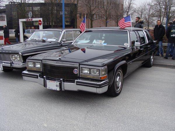 Cadillac Fleetwood 1983