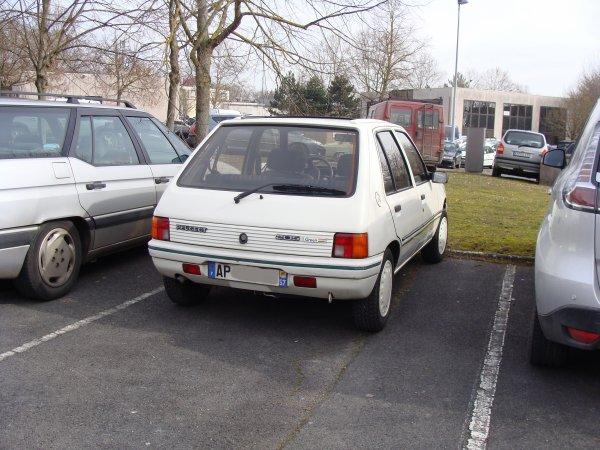 Peugeot 205 Green 1989