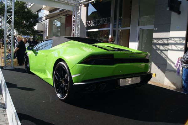 Lamborghini Huracan LP-610 Spyder 2015