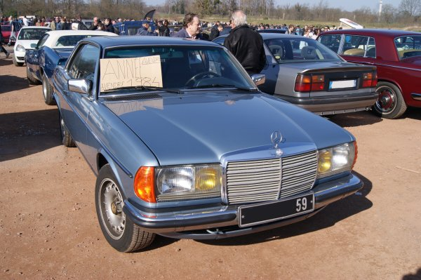 Mercedes CE W123 1984