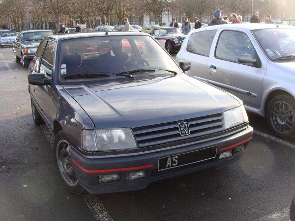Peugeot 309 GTI 1990