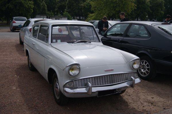 Ford Anglia 109 E De Luxe 1965