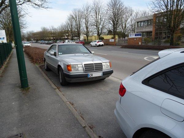Mercedes 300 CE C124 1989
