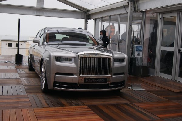 Rolls Rolls Phantom 2017