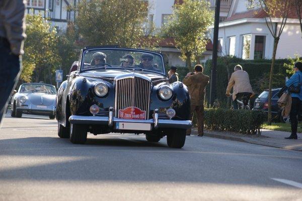 Bentley S1 James Young