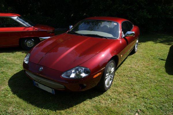 Jaguar XK8 X100 1998