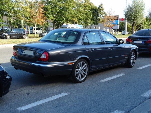 Jaguar XJR X350 2003