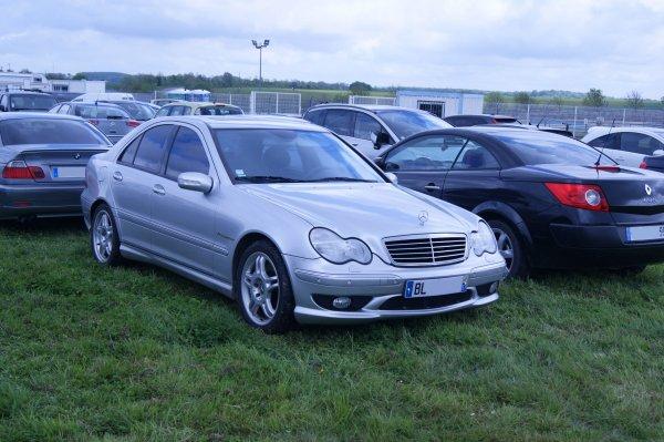 Mercedes C W203 32 AMG 2002