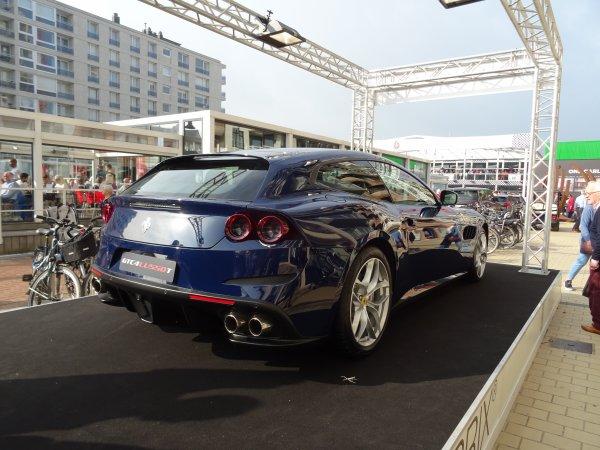 Ferrari GTC4 Lusso T 2016