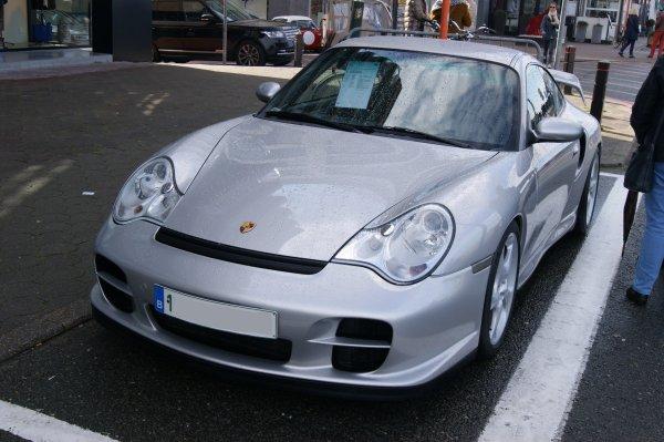 Porsche 996 GT2 2001