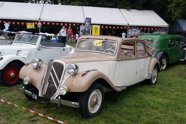 Citroën Traction 11B Découvrable AEAT 1949