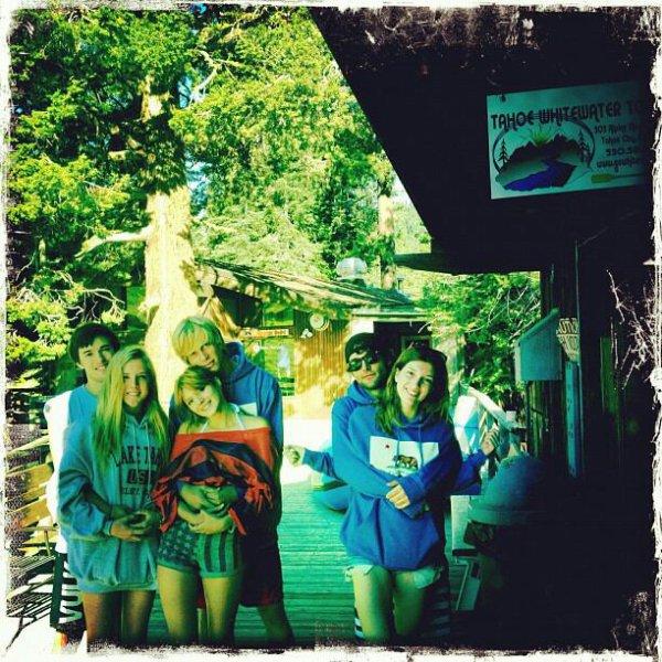 Une journée en amis , avec Remy et sa copine et Bella et Tristan et des amis