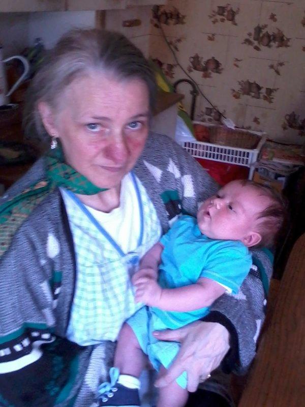 ma mere et son deuxieme petit fils