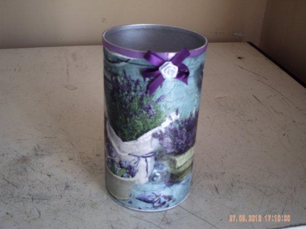 ce sont mes creations  boites  a tabac  decorees avec du serviettage