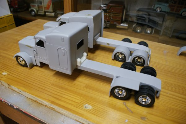 construction du peterbilt de Matt Kanagy.