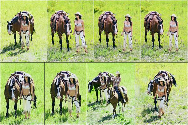 11/08/17 - Sara Sampaio a été vue sur le set d'un photoshoot pour Victoria's Secret à Aspen au Colorado ! Depuis quelques jours Sara prend la pose pour la marque de lingerie et make-up aux USA. Hâte de voir l'ensemble des photos bientôt ...