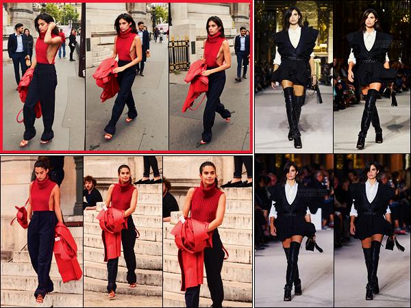 28/09/17 - Sara Sampaio a été défilé pour la prestigieuse maison Balmain pendant la Fashion Week, Paris. Pas trop fan de la tenue choisie par notre sublime Sara, pour cause, sa poitrine se fait limite la mêle dans ce pull beaucoup trop échancré.