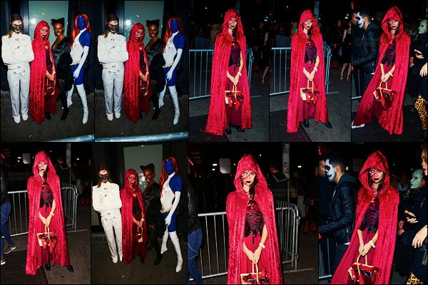 28/10/17 - Sara Sampaio a participé avec ses copines à la   Night of the Fallen organisée dans New York. S. était déguisée en petit chaperon rouge zombi? Simple suggestion mais je n'en suis pas sûre, si vous avez d'autres idées, glisse-les moi