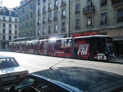 le tram de Geneve ,,,, pas mal lool