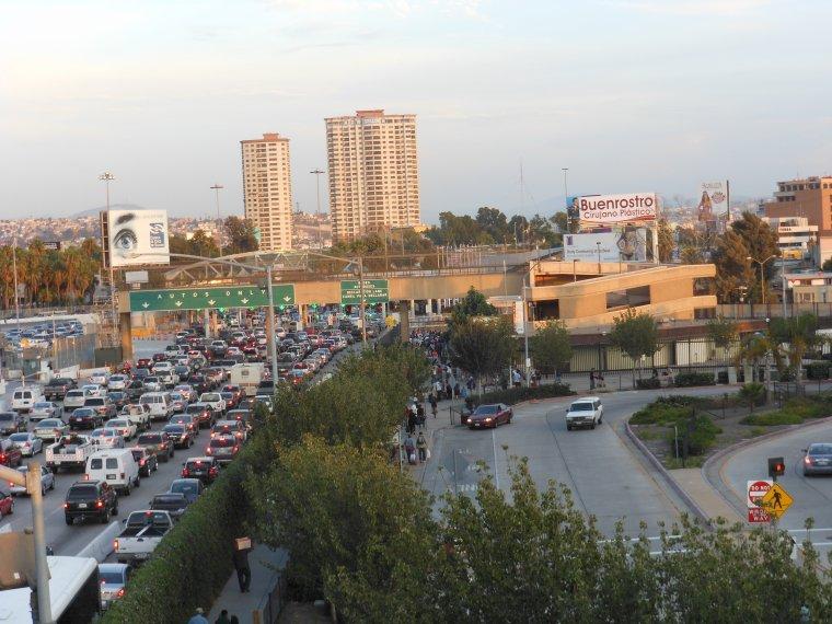 Las America, Shopping center.