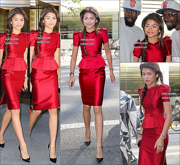 . 15-14/10/2013 : Zendaya a été aperçu dans les rues de New-York. Wow,Zendaya ne s'arrête plus de sortir ! Côté tenue : magnifique,j'adore tout simplement,top !  .