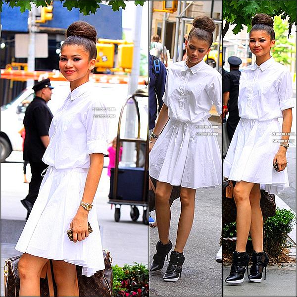 . 23/05/2013 : Zendaya a été aperçu se rendant à son hôtel New-Yorkais.  .
