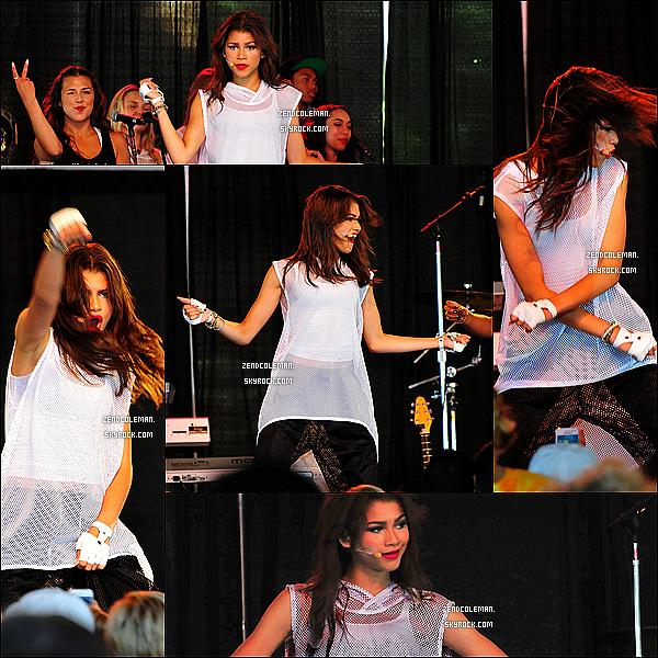 . 05/07/2013 : Découvrez de nouvelles photos de Zendaya lors de son concert à San Francisco ! .