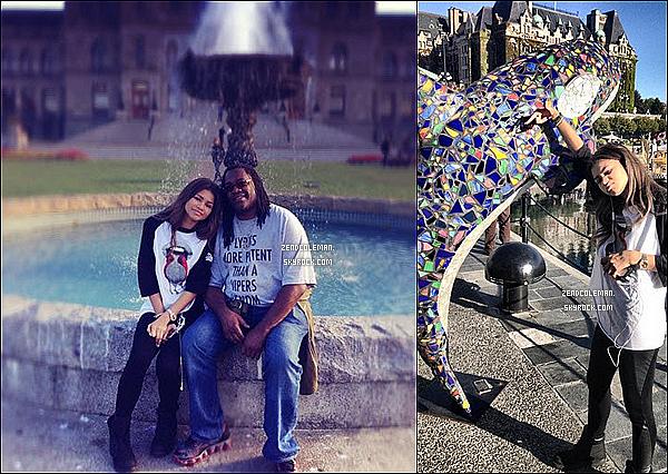 . 17/08/2013 : Zendaya et son papa étaient au Canada. Et oui Zendaya est au Canada pour 2 mois environs,vivement qu'elle revienne a Los Angeles! .