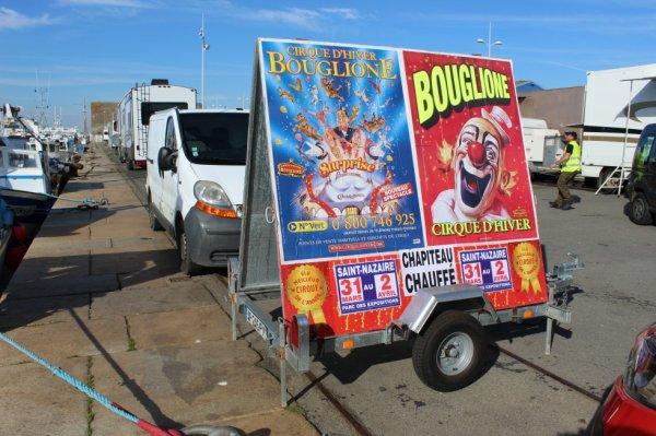 le cirque D HIVER BOUGLIONE ON TOUR est à st nazaire !!!!