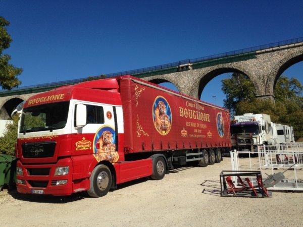 le cirque d 'HIVER BOUGLIONE à aix en provence !!!!