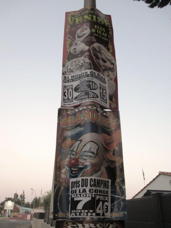 deux cirques affichés à st hilaire de riez !!!!