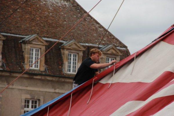 Arrivée du cirque Amar a Autun (semaine du cirque).8