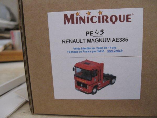 REPRISE AVEC LE MONTAGE D'UN RENAULT MAGNUM AE 385.