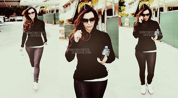 » Article 09 : Posté le 14/02/2012   Candids Kim Kardashian