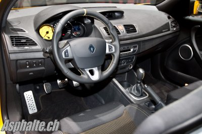 interieur de megane 3 rs version cup - ALPINE RESURECTION