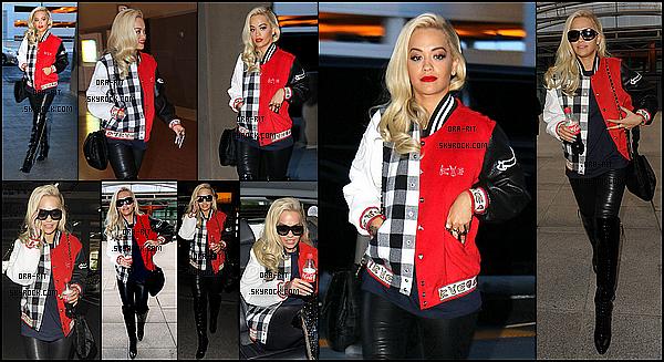 *17/05/15 - Rita a été vue arrivant à l'aéroport McCarran à Las Vegas. C'est donc toute pimpante que miss Rita a prit un vol retour pour Londres, elle arrivée ensuite à l'aéroport Heathrow très tôt le matin. *