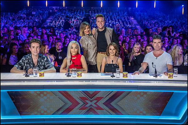 *08/07/15 - Rita été présente au auditions d'X Factor à Manchester. Je trouve Rita splendide sur cet event, le rouge lui va vraiment à merveille et le make-up ainsi que la coiffure s'accorde vraiment bien à la tenue.*