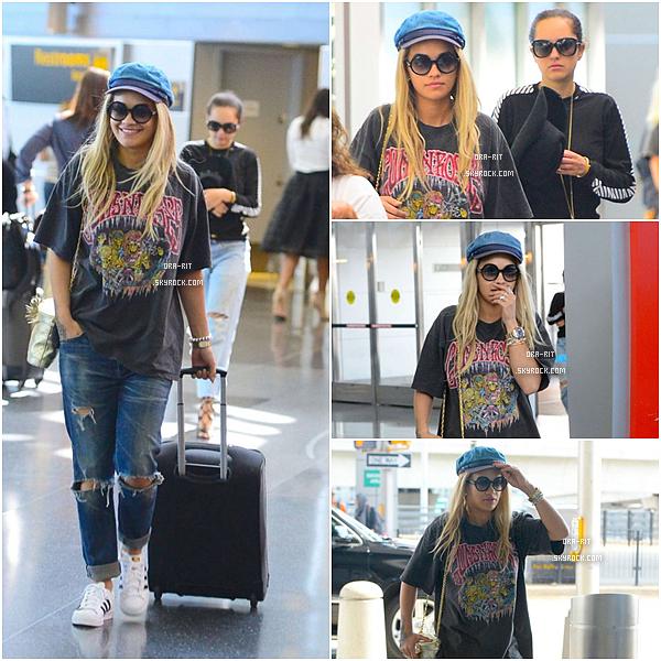 *08/08/15 - Rita a été vue se baladant en tailleur et toute fatiguée dans Beverly Hills. Le 11/08, Rita s'est rendue dans un studio de radio à New-York toute élégante et transparente.*